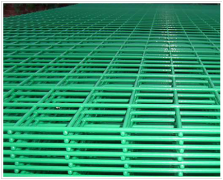The advantage of green PVC coated welded wire mesh